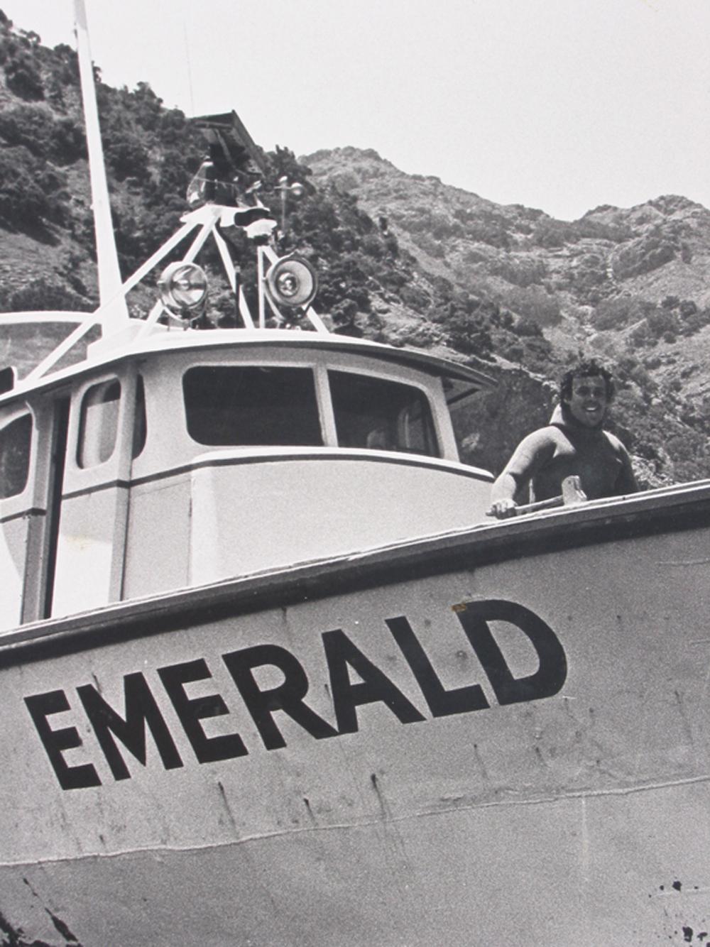dive boat, dive charter, emerald